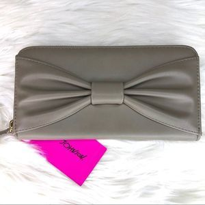 Betsey Johnson Stone Bow Zip Around Wallet
